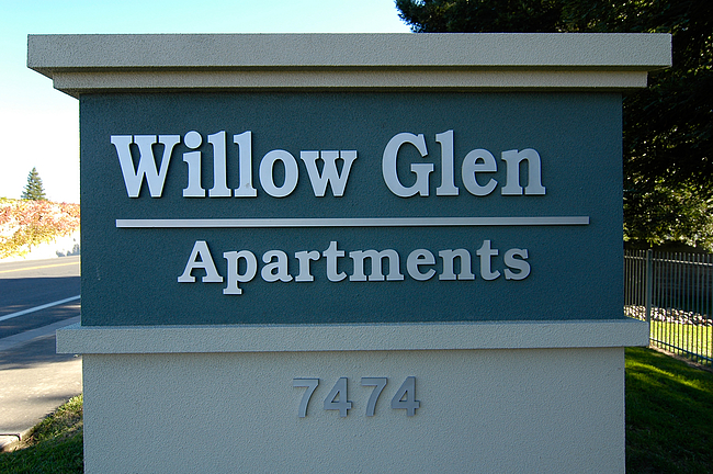 Willow Glen Apartments