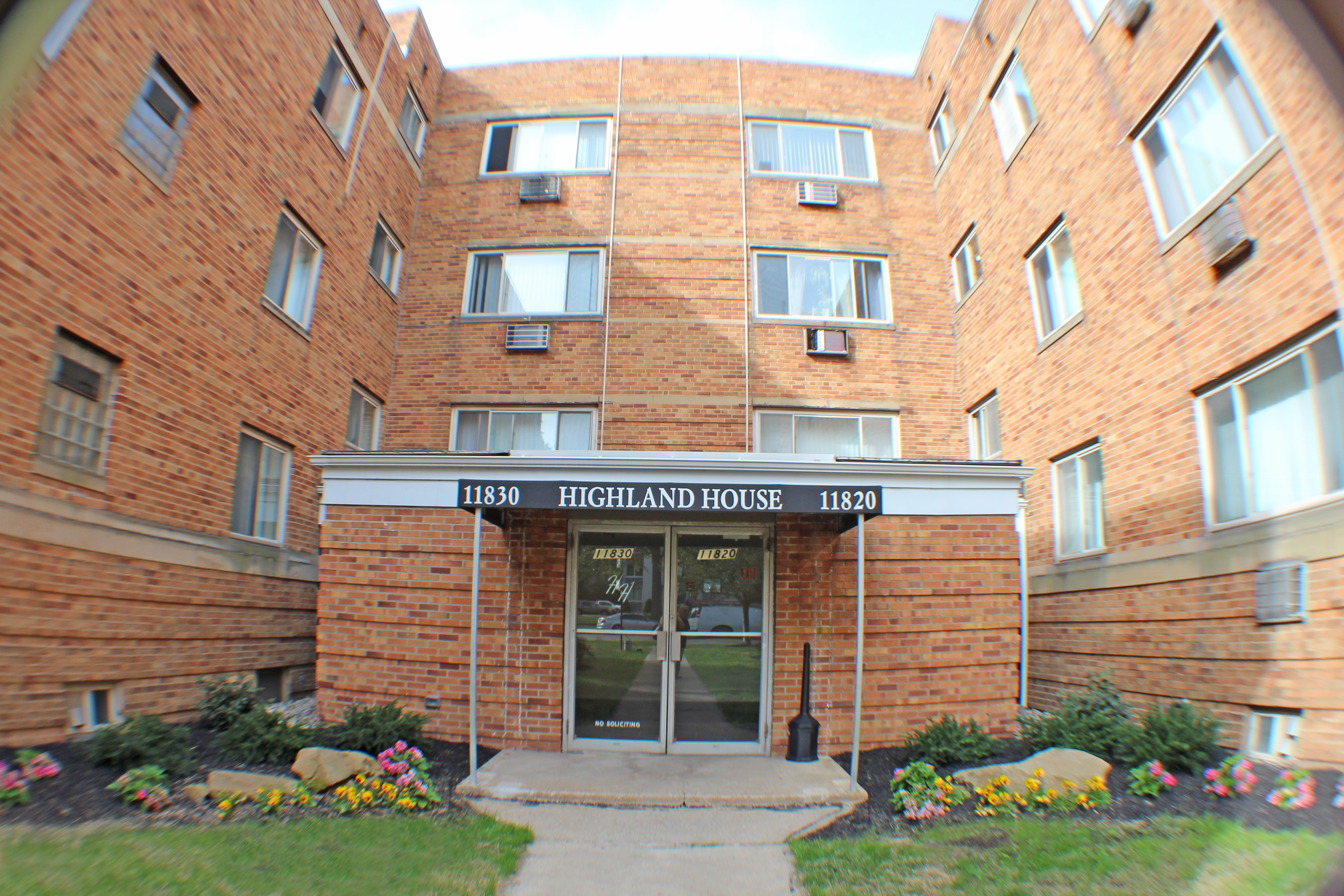 HIGHLAND HOUSE APARTMENTS 11810 Lake Ave Lakewood, OH 44107 (216) 227 9191  Emergency: (216) 227 9191 OFFICE HOURS Mon Fri: 9:00 AM 5:00 PM Sat Sun:  Closed